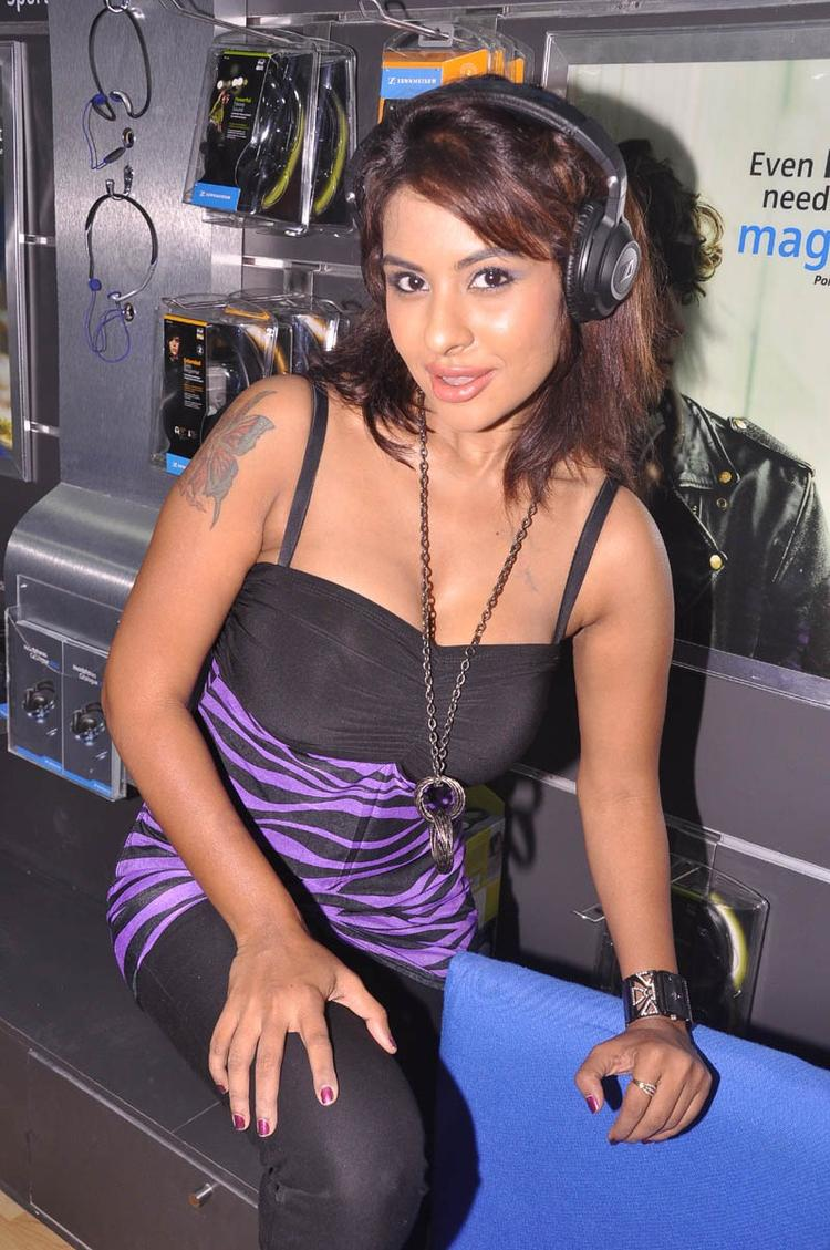 Srilekha Spicy Look Pose At Supreme Music Store Launch