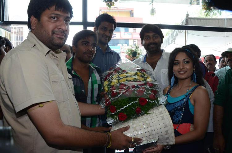 Srinivas,Madhavi And Sekhar Photo Clicked At Supreme Music Store Launch