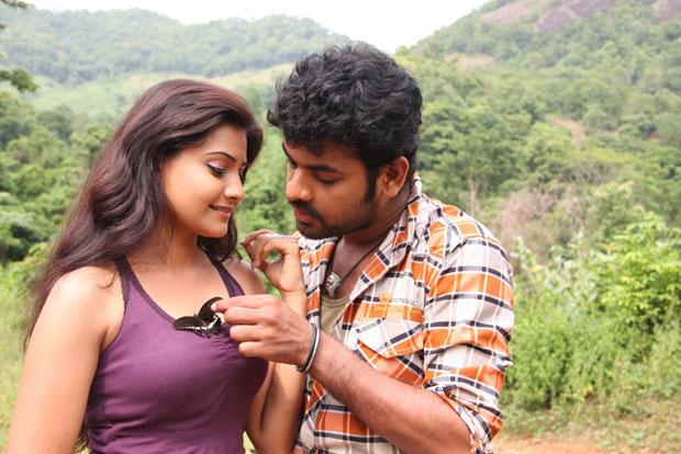 Nandagi And Vimal Hot Look Still From Netru Indru Movie
