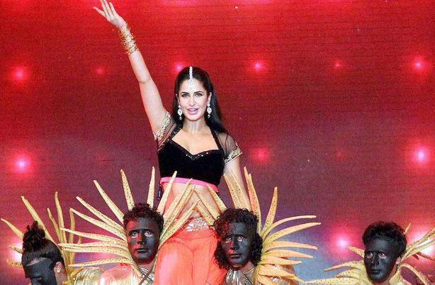 Katrina Kaif Amazing Performance At IPL 6 Opening Ceremony 2013