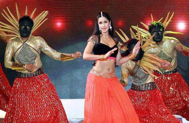 Katrina Kaif Rocked On Stage At IPL 6 Opening Ceremony 2013
