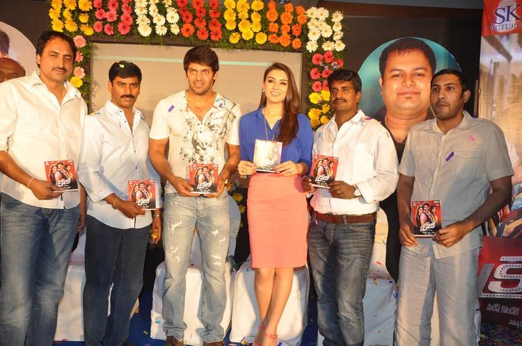 Arya,Hansika,R.Kannan And Suresh Posed For Camera At Crazy Audio Launch Function
