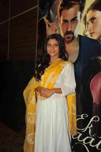 Konkona Sen Looked Gorgeous In A White Chudidar At The Launch Of Book Daayan