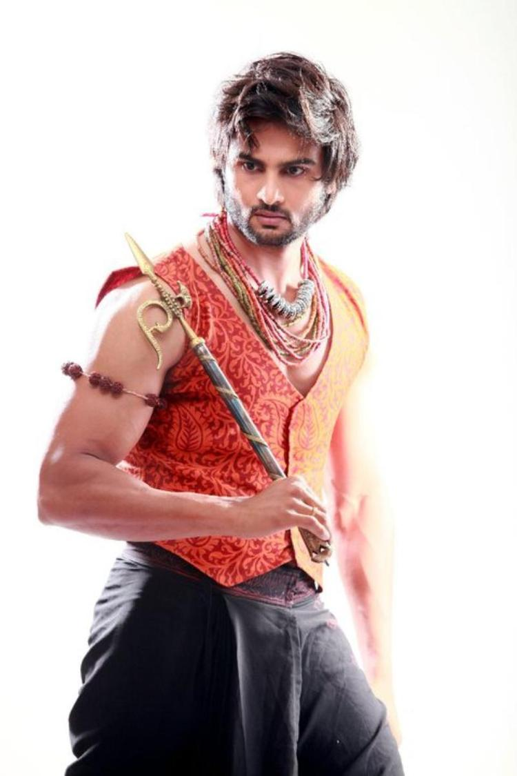 Sudheer Babu Nice Look With A Traditional Costume Photo Still