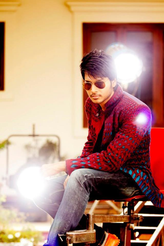Sundeep Kishan Rocking Look Photo Still