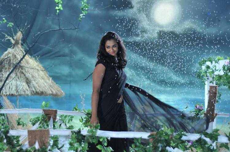 Nanditha Stunning Look Photo Stills In A Black Saree From Movie Prema Katha Chitram
