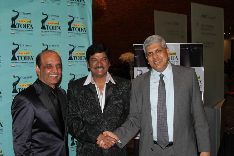Gadde Rajendra Prasad Cool Smiling Pose At Nata Kireeti Dr. Rajendra Prasad Award Function