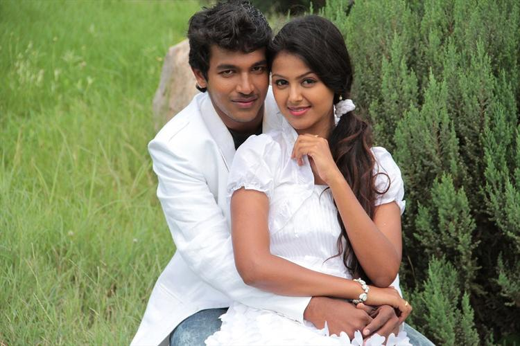 Sravan And Monal Sexy Hug Photo Still From Oka Collage Story Movie
