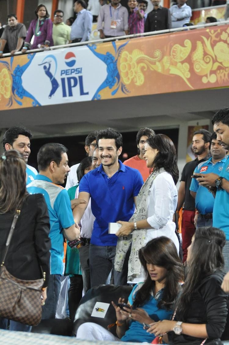 Akhil With Mom Amala Present At Hyderabad Vs Pune IPL Cricket Match