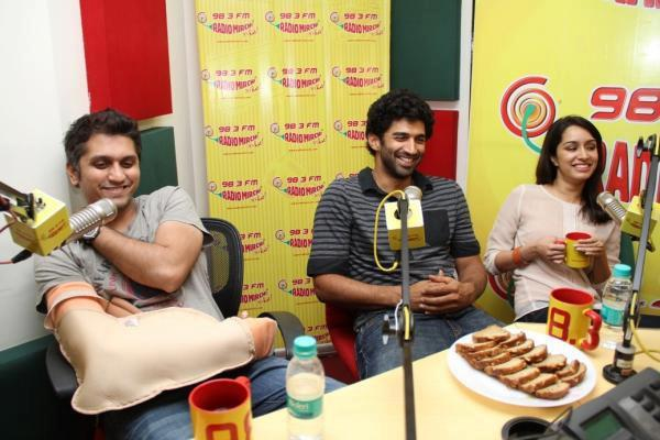 Aditya,Shraddha And Mohit During The Promotion Of Aashiqui 2 At 98.3 FM