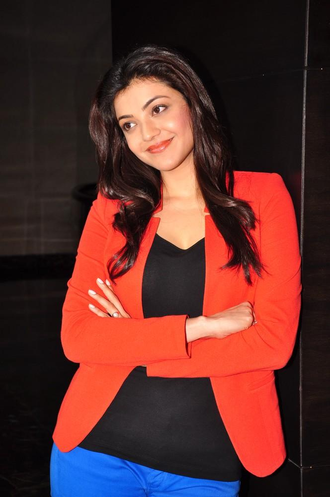 Kajal Sizzling And Dashing Photo Still At Baadshah Interview