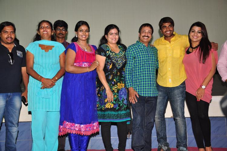 Srinivas,Tashu,Raj Kandukuri And Jayavani Posed For Camera At Gola Seenu Press Meet