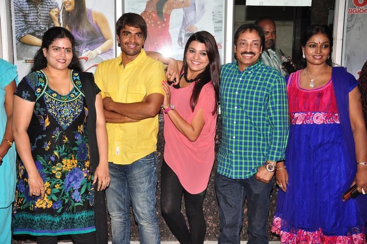 Srinivas,Tashu,Raj Kandukuri And Jayavani Smiling Still At Gola Seenu Press Meet