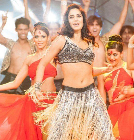 Katrina Kaif Sizzling Performance At TOIFA