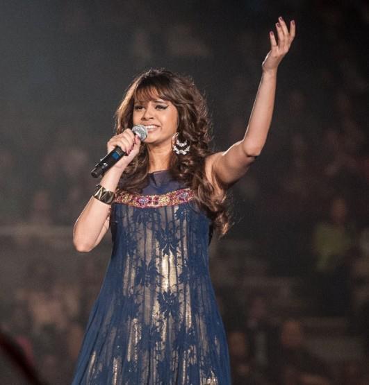 Shalmali Singing A Song Photo Clicked At TOIFA Ceremony