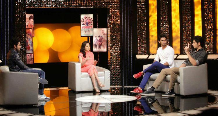 Ayushmann,Sushant,Sidharth And Anupama Chatting Look On The Front Row Show