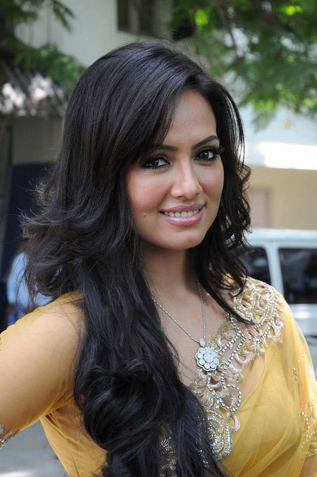 Sana Khan Dazzles At Nadigayin Diary Movie Audio Launch Function