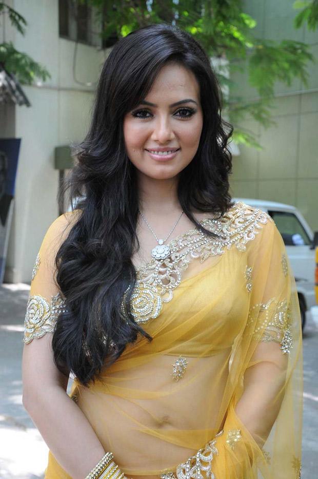 Sana Khan In Saree Sexy Look At Nadigayin Diary Movie Audio Launch Function