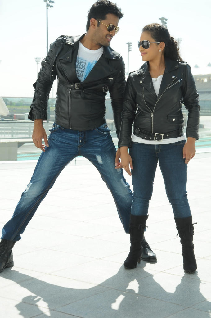 Nitin And Nithya Dancing In Song Photo Still From Movie Gunde Jaari Gallanthayindhe