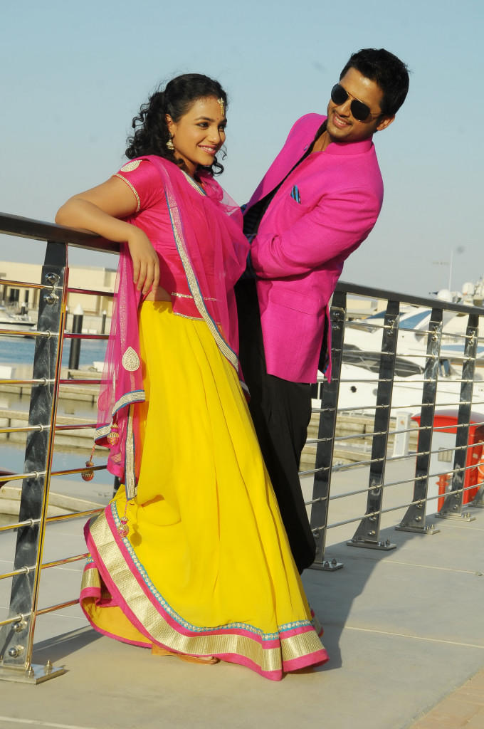 Nitin And Nithya Stunning Look Photo Still From Movie Gunde Jaari Gallanthayindhe