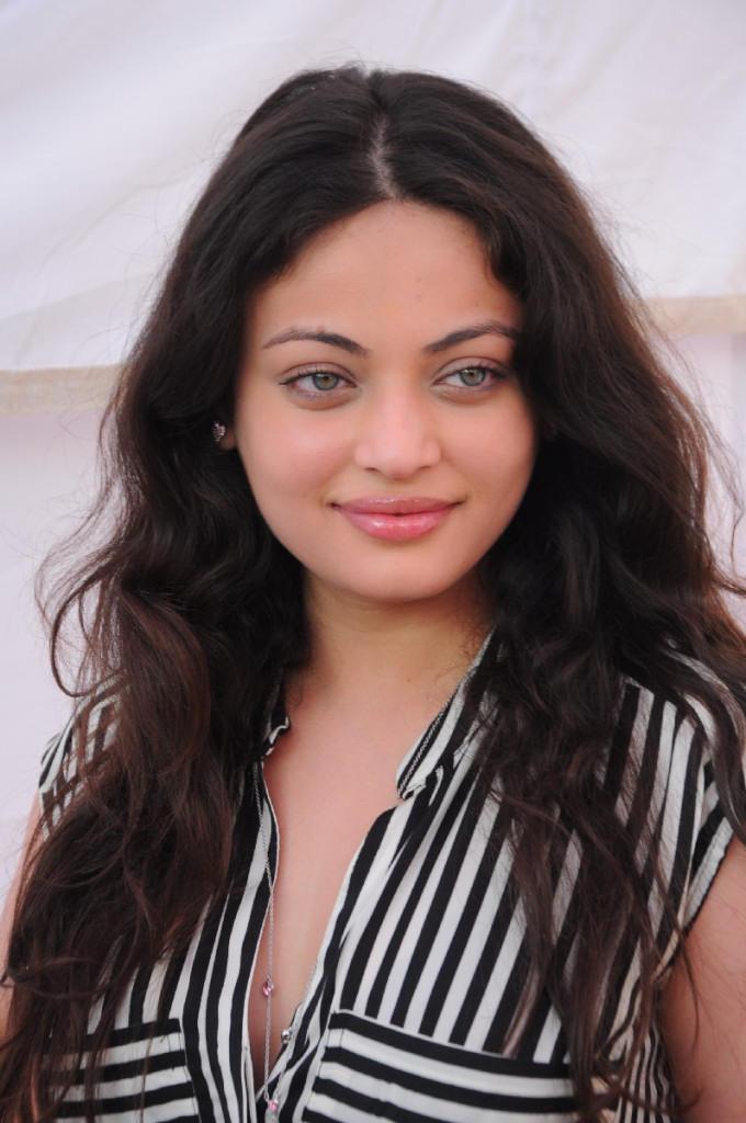 Sneha Beautifull Look Photo Still At Antha Nee Mayalone Movie Launch