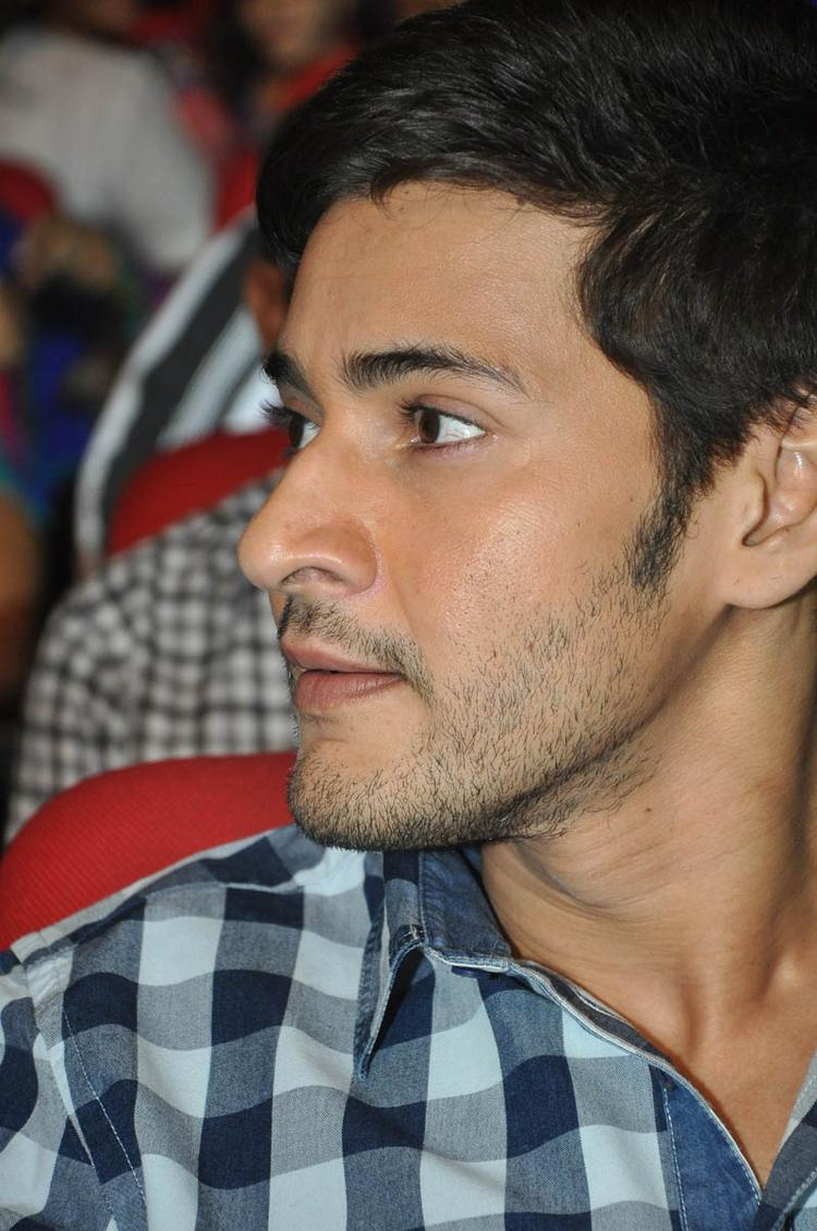 Mahesh Make An Appearance At Premakadha Chitram Audio Release