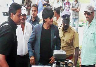 Shahrukh Khan At Munnar For The Shooting Of Chennai Express