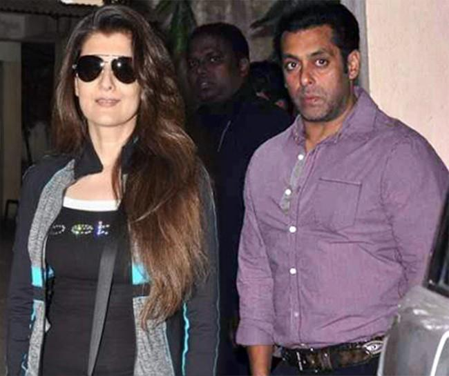 Twinkle Khanna And Salman Khan At Mahesh Manjrekar Film Screening Event