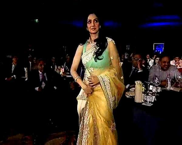 Sridevi Looked Gorgeous In A Saree At The NDTV Indian Of The Year Award Function