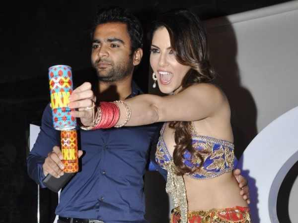 Sachiin And Sunny Cool Rocking Look At The Shoot Of Sachiin J Joshi's XXX Energy Drink