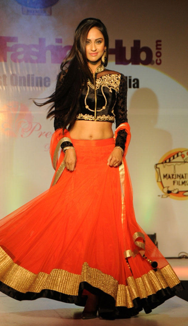 Krystle D'Souza Sexy Look On Ramp At Grand Fashion Hub Website Launch