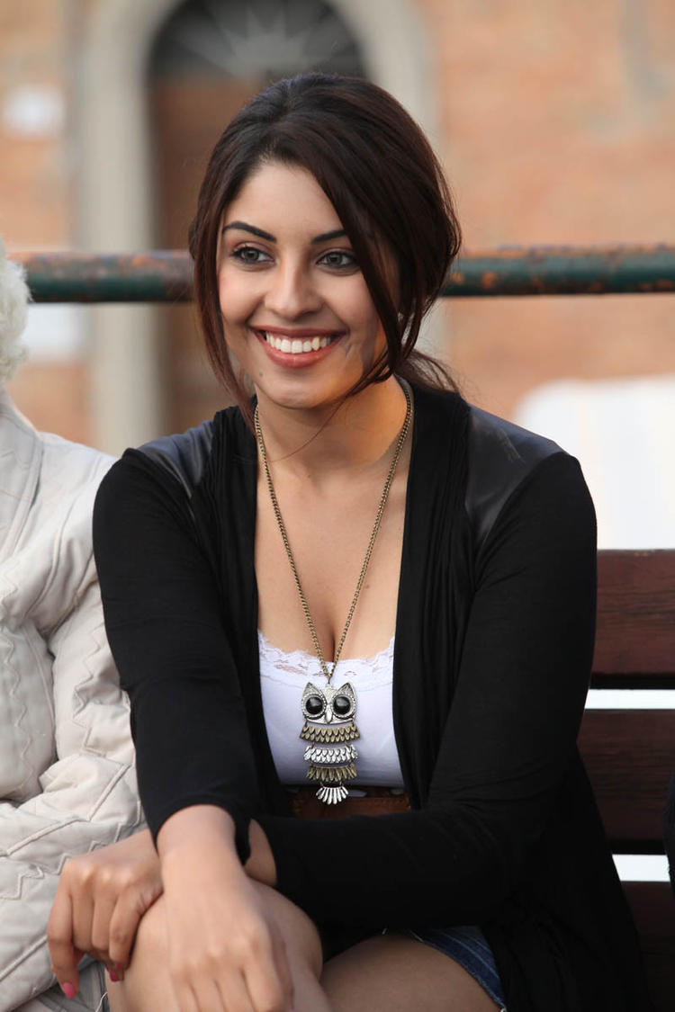 Smiling Richa Gangopadhyay A Still From Mirchi Movie