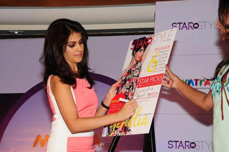 Genelia Autograph Photo Clicked At 3rd Edition Of Star N Style Launch