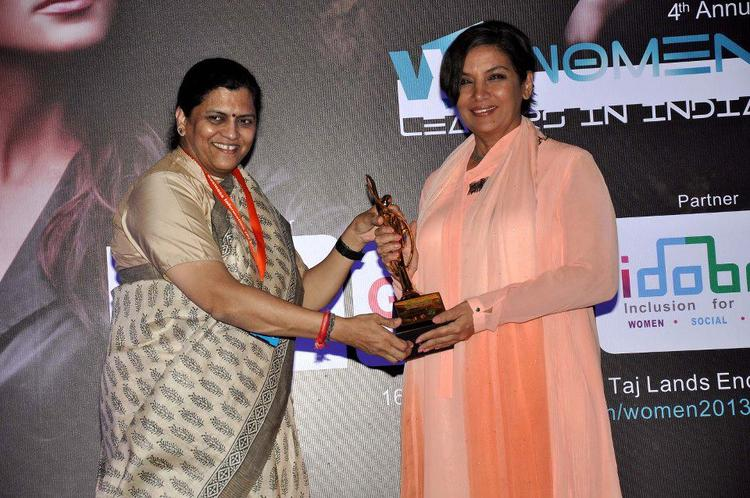 Shabana Azmi Honoured At 4th Women Leaders Awards 2013