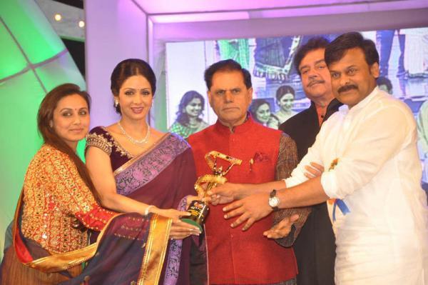 Rani Mukerji,Shatrughan Sinha And Chiranjeevi At TV 9 Film Awards