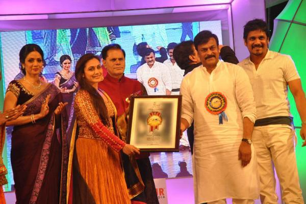 Sridevi,Rani,Chiranjeevi And Nagarjuna Clicked At TV 9 Film Awards