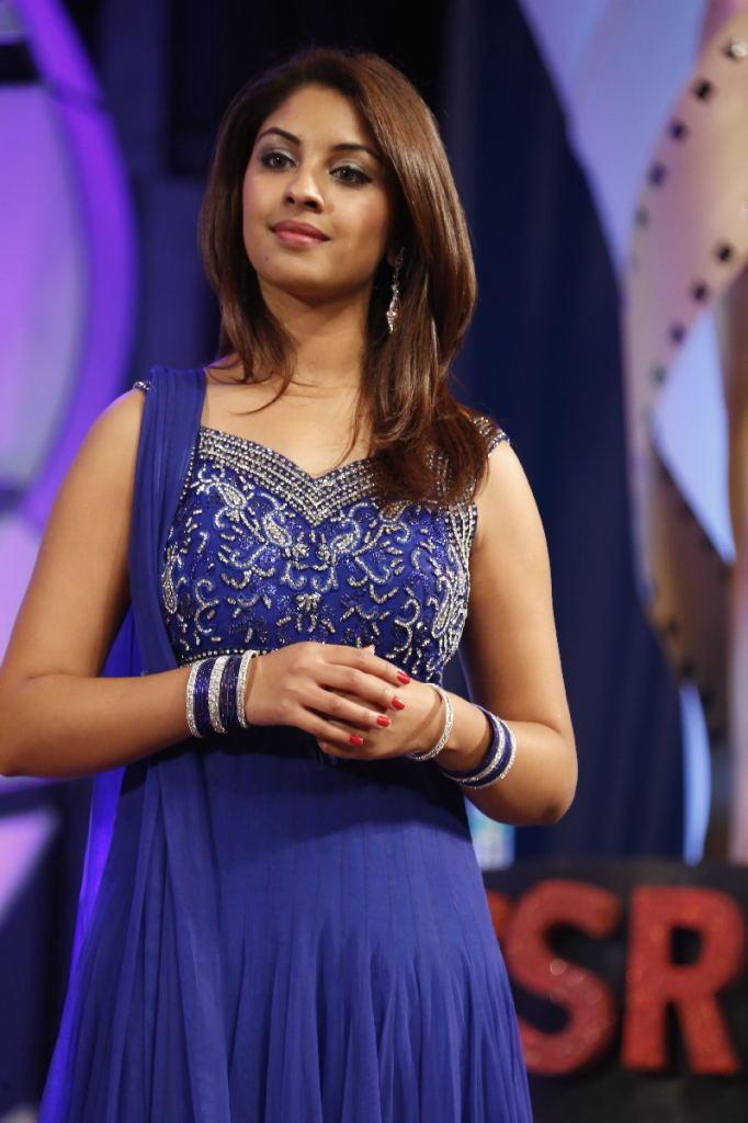Richa Gangopadhyay Dazzling Look At TSR TV9 Film Awards Function