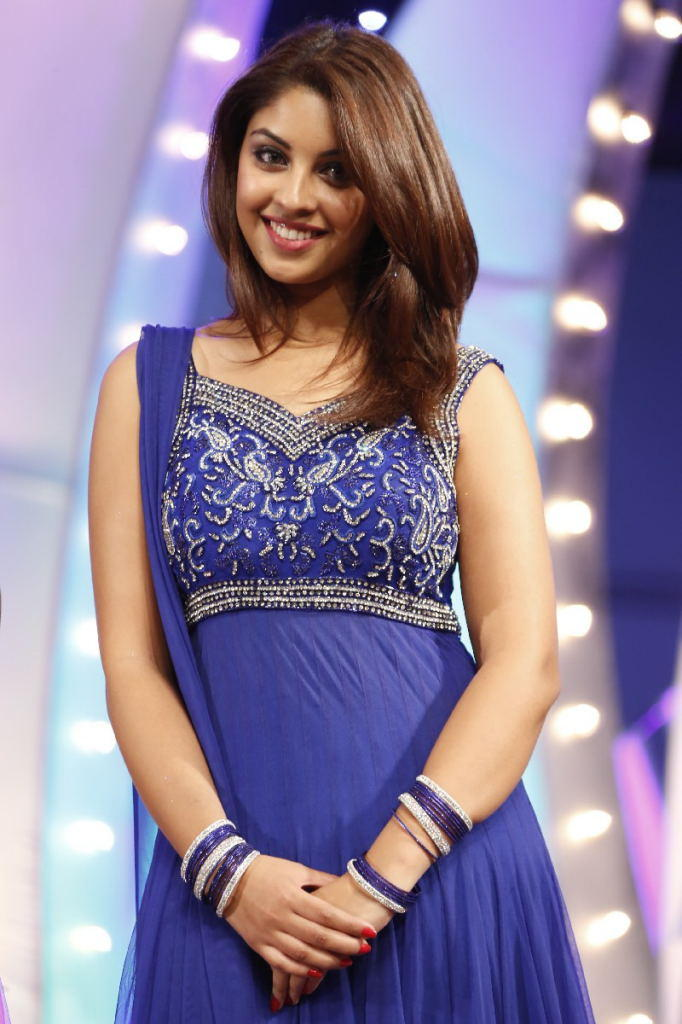 Richa Gangopadhyay Smiling Look At TSR TV9 Film Awards Function