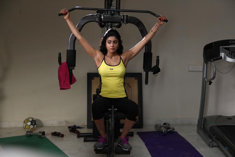 Shriya Saran At Gym A Still From Pavitra Movie