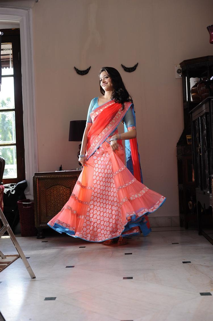 Tamannaah Bhatia Nice And Cool Look Still From Thadaka Movie