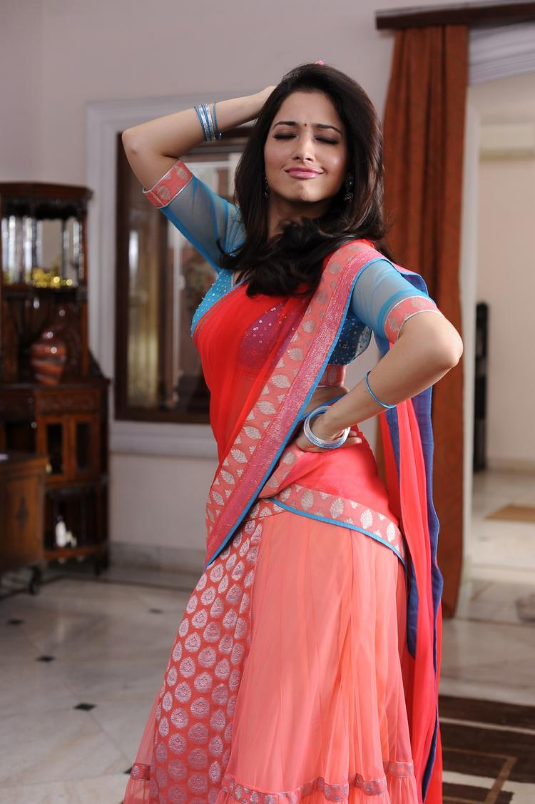 Tamannaah Bhatia A Still From Thadaka Movie