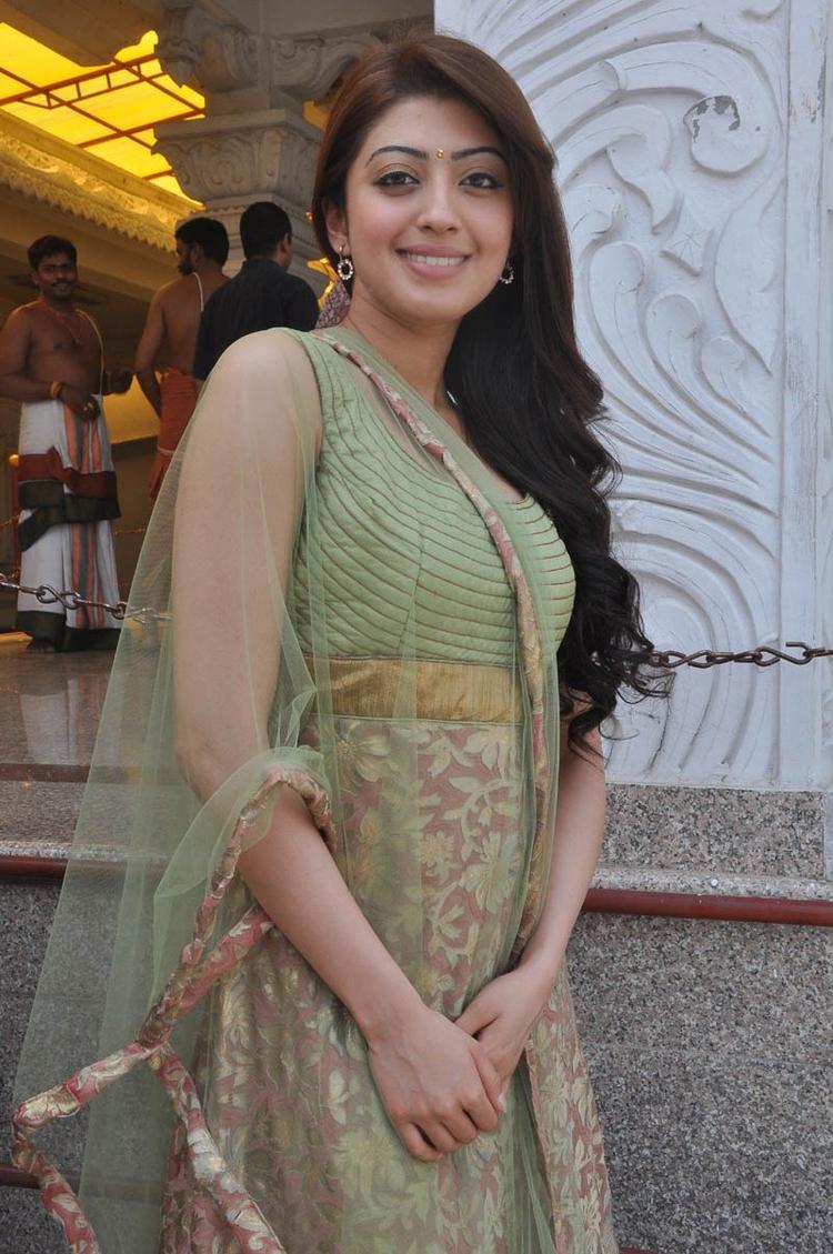 Pranitha Dazzling Faced Look At Mohan Babu,Vishnu,Manoj Multistarrer Movie Launch Function