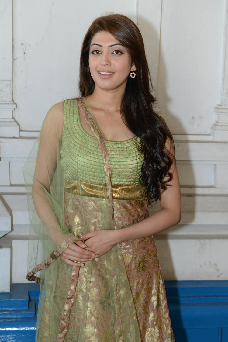 Pranitha Trendy Look In Salwar Suit At Mohan Babu,Vishnu,Manoj Multistarrer Movie Launch Function