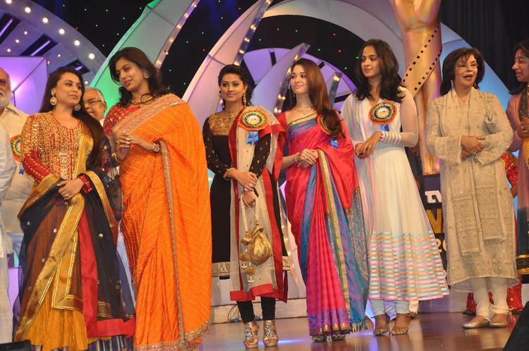Rani,Pinky,Tamannaah,Anushka And Zeenat Present At TSR-TV9 National Film Awards 2011-2012 Presentation Function