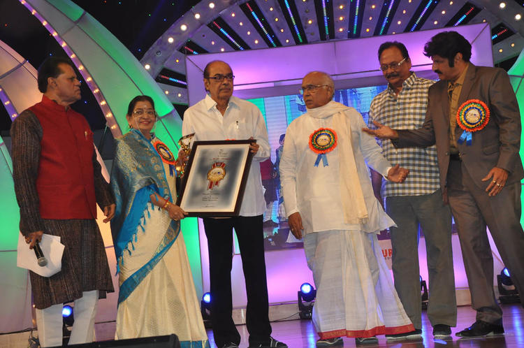 T.Subbarami Reddy,P. Susheela,D. Ramanaidu And Akkineni Nageswara Rao Present At TSR-TV9 National Film Awards 2011-2012 Presentation Function