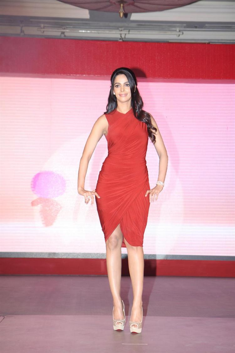 Mallika Sherawat Walks On Ramp At Life OK Press Meet