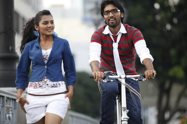 Sindhu And Anish Cool Still From Coffee With My Wife Movie
