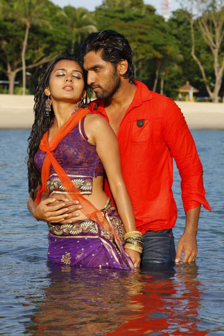 Sindhu And Anish Hot Still In Water From Coffee With My Wife Movie