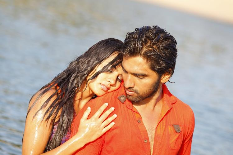 Sindhu And Anish Hot Wet Still From Coffee With My Wife Movie