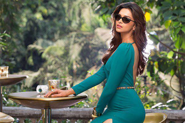 Deepika Padukone Attractive Look Photo Shoot For Vogue Eyewear